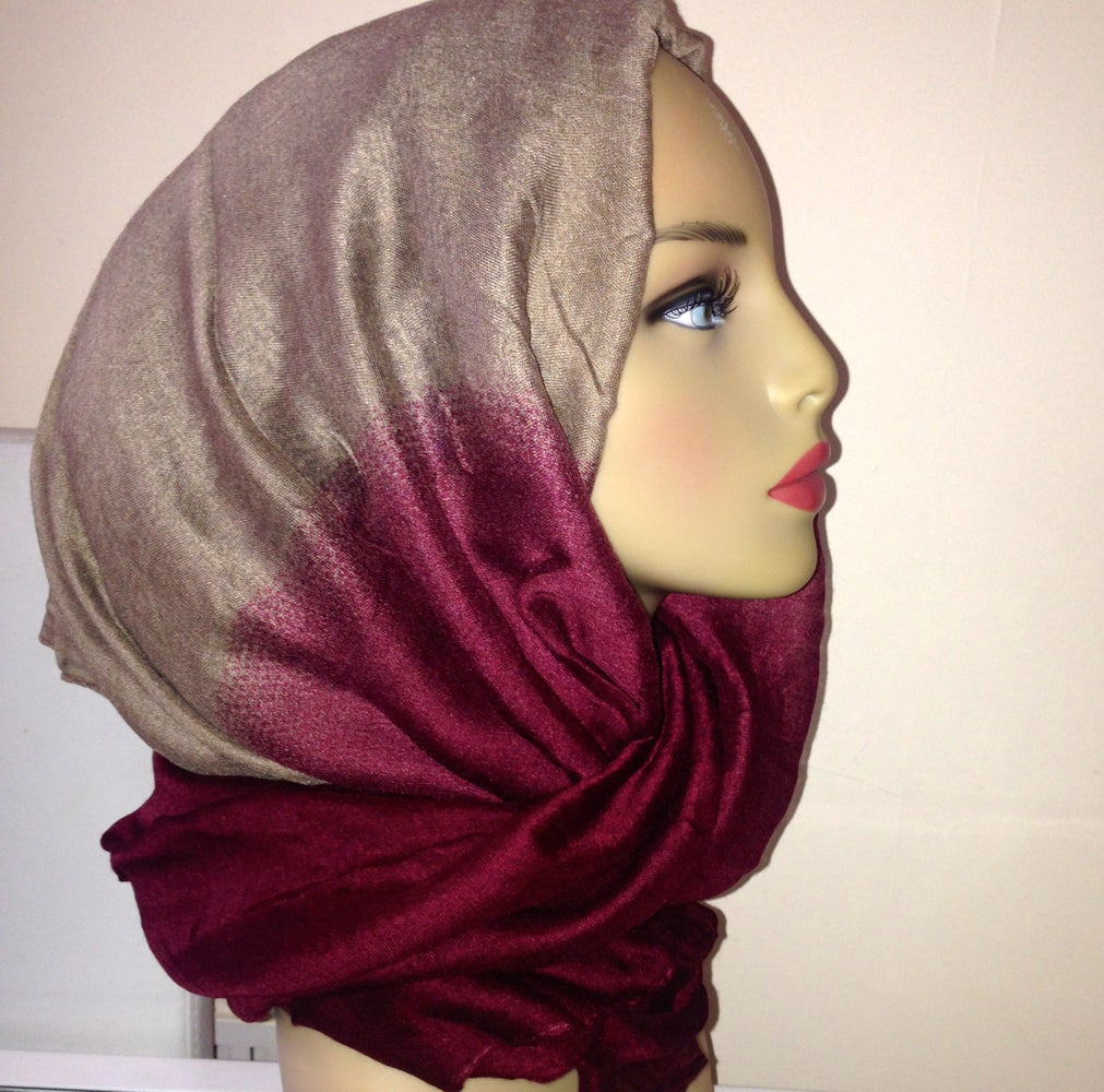 Super Deep Red Ombre Hijab Stylebuzz Hairstyle Inspiration Daily Dogsangcom