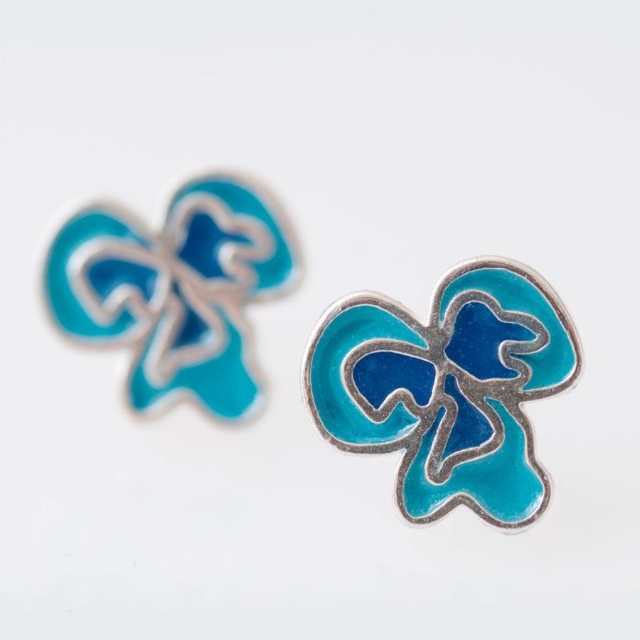 Image of Resinate Flor Studs Earrings- Blues