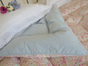 Image of Pretty Paisley Alice Eiderdown Backed in Blue