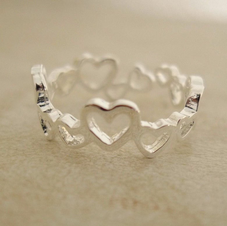 Image of Queen Of Hearts Ring
