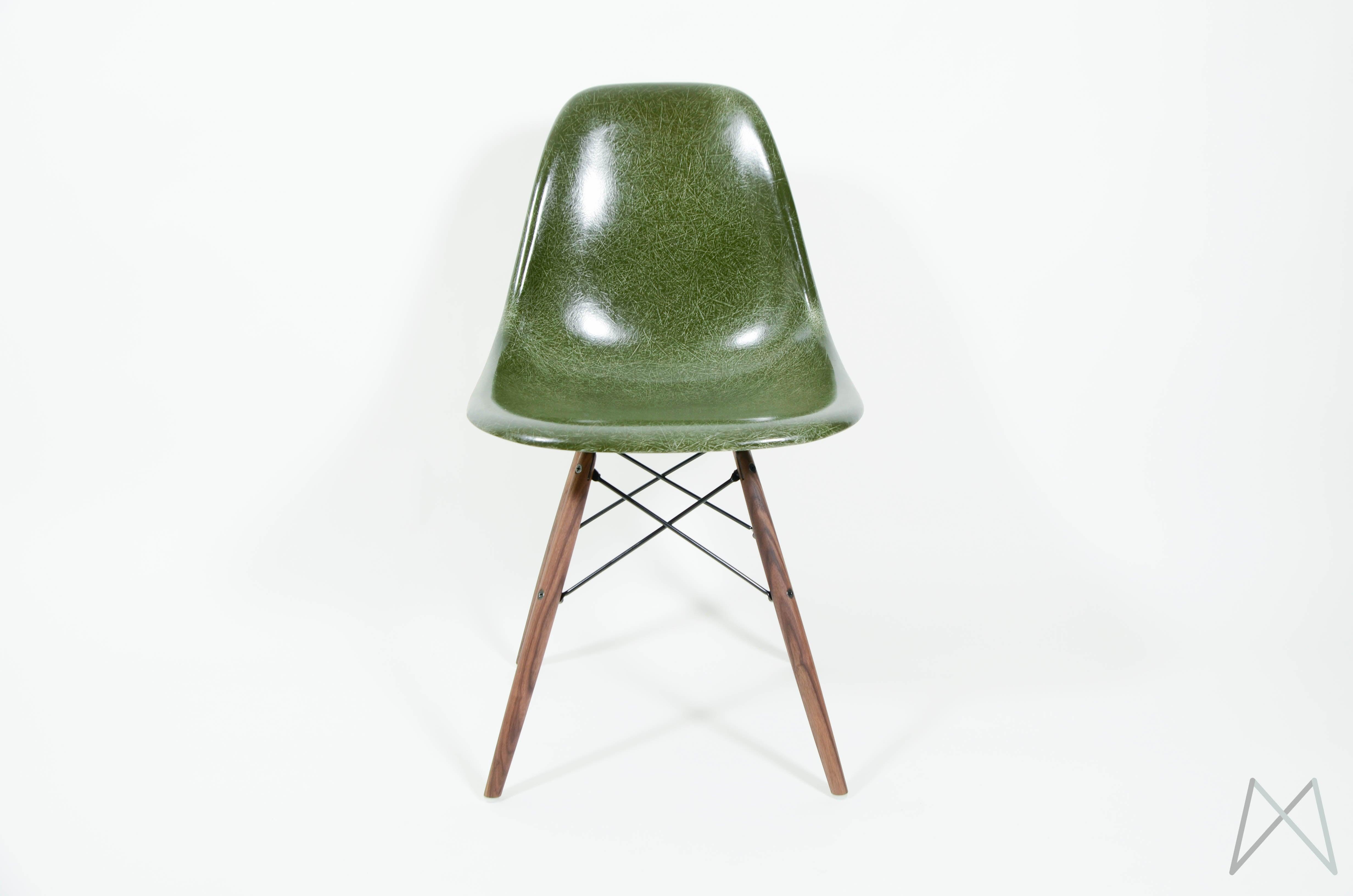 Modern Vintage Amsterdam Original Eames Furniture Eames Herman