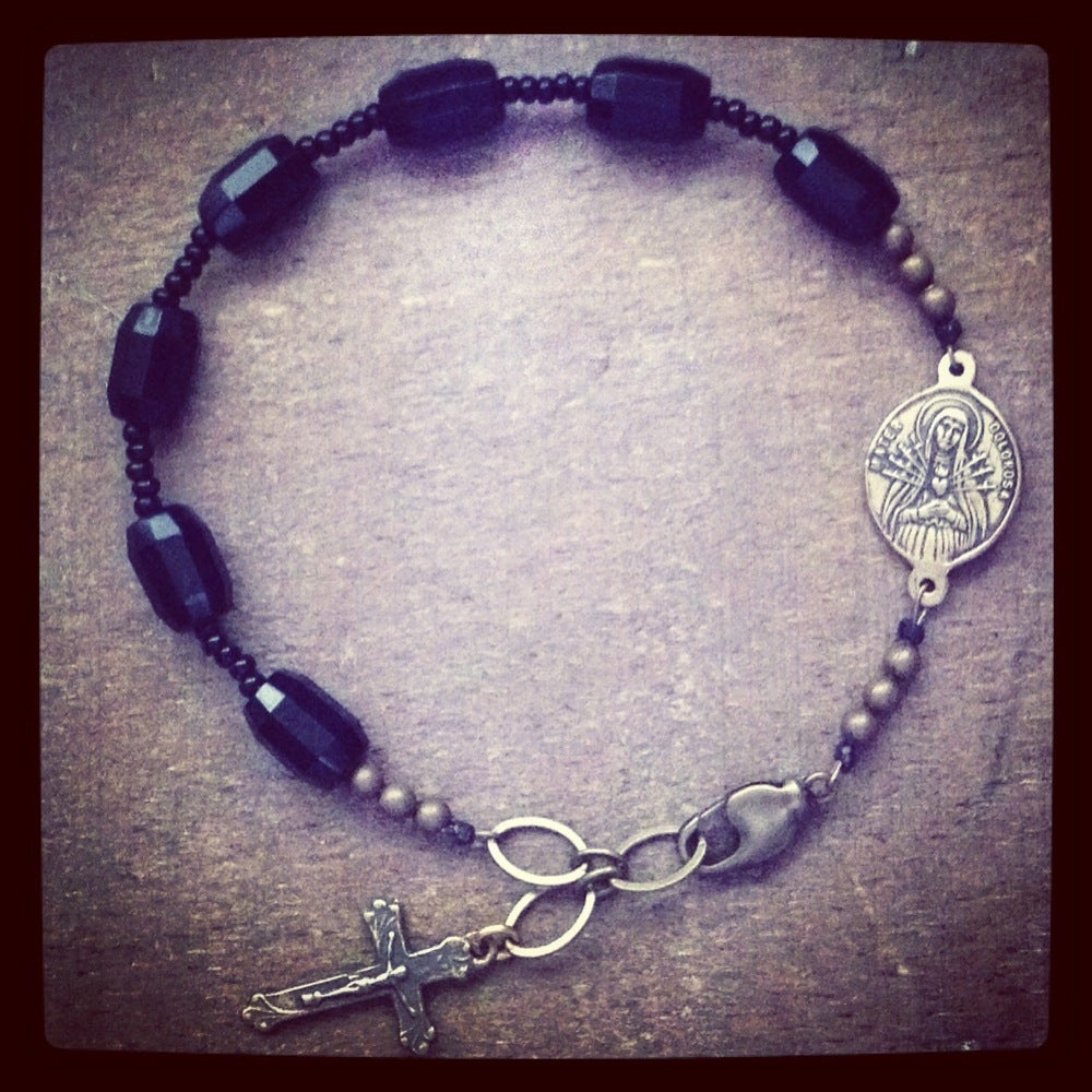 Image of SEVEN SORROWS chaplet bracelet