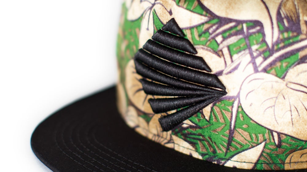 Image of Tropicamo Snapback