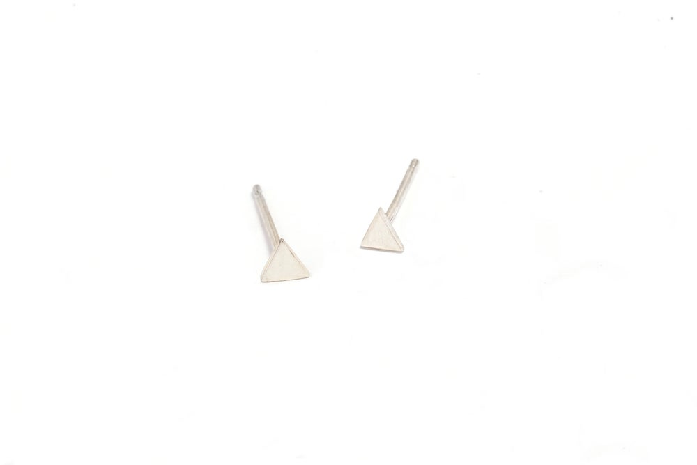Image of ALIYA TRIANGLE STUD EARRINGS