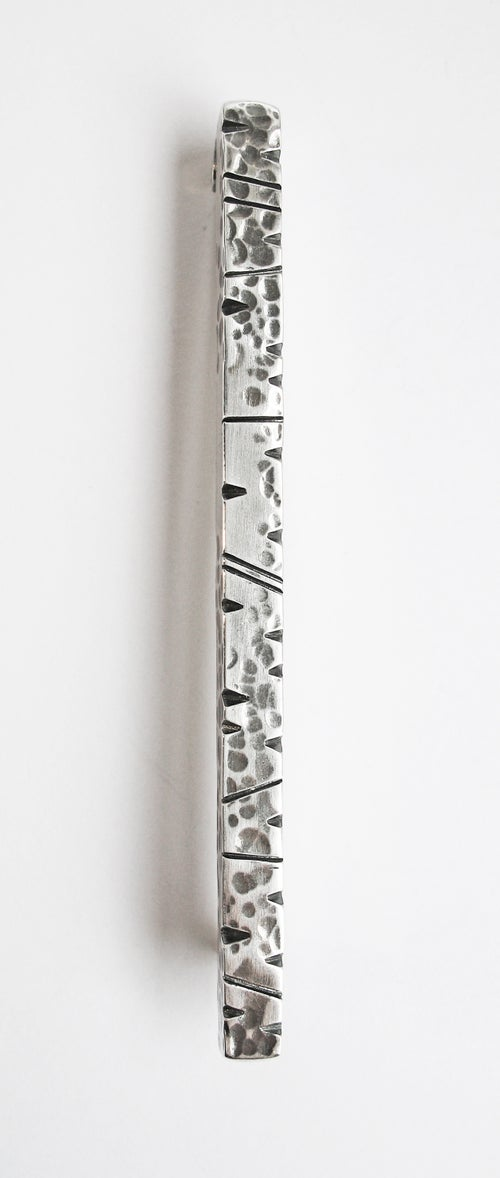 Image of Notched Kilt Pin
