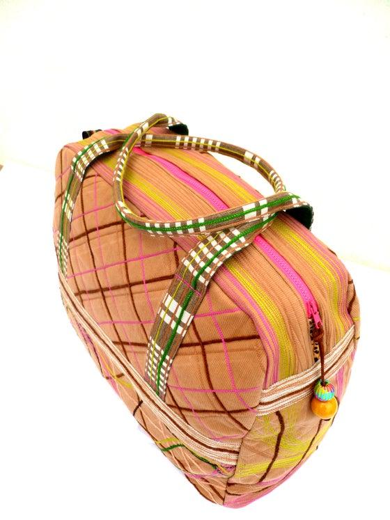 Image of Bolsa de viaje/ Traveler bag.