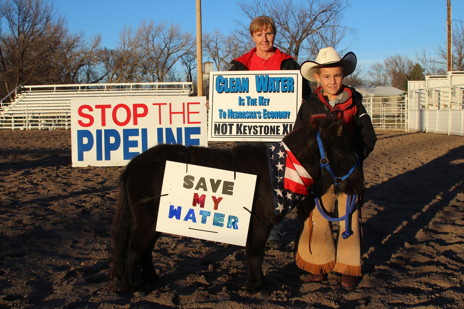 "Image of Blue ""Mason & Thunderpants, The Pipeline Protesting Pony"" Shirt"
