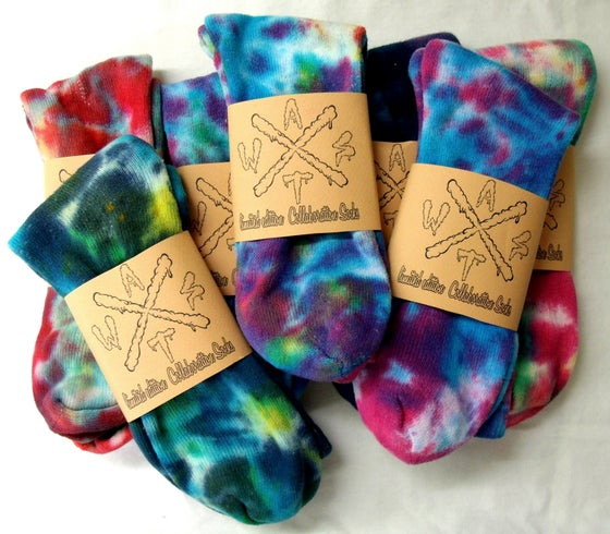 Image of Mens tie dye socks