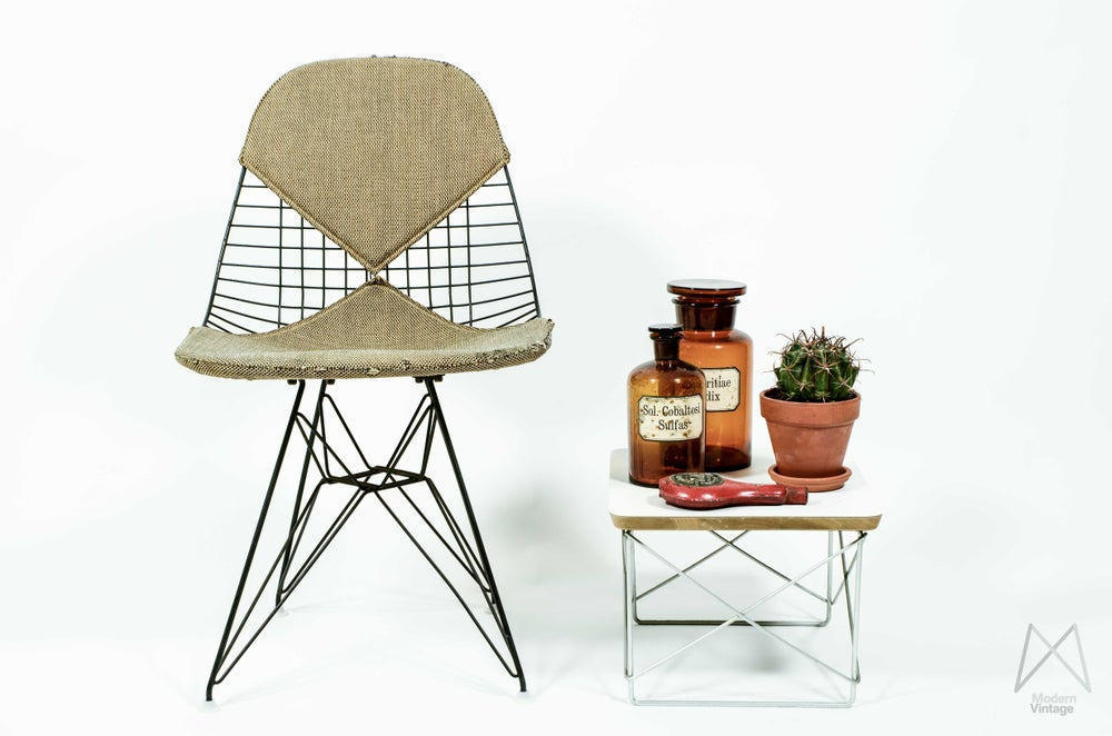 Image of Eames Herman Miller Wire Chair 1954 DKR-2 Alexander Girard Shipped Venice