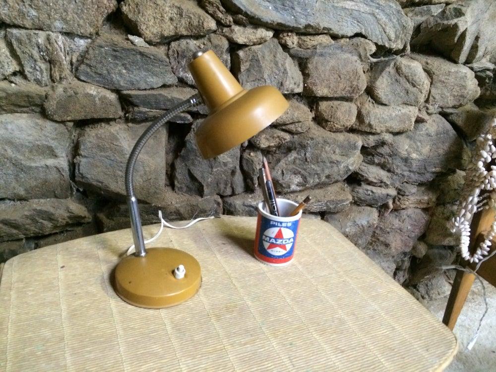 Image of MUSTARD Lampe vintage moutarde