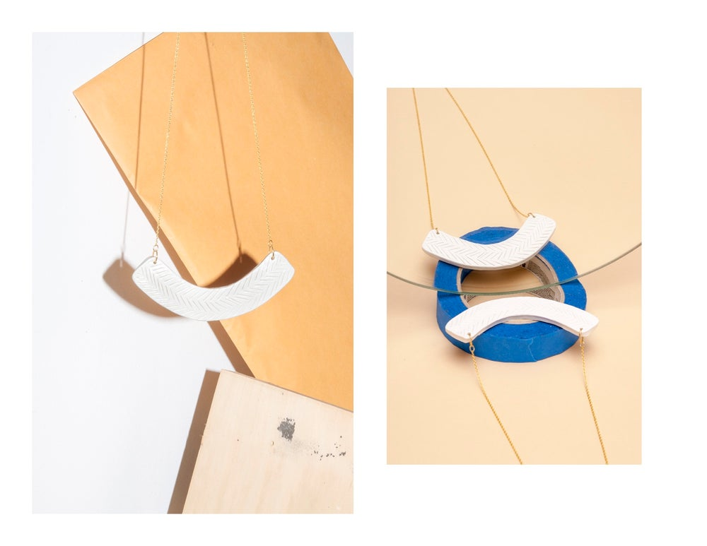 Image of ARC NECKLACE//