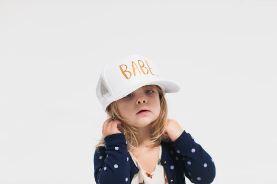 Image of Youth/Adult White Hat with Gold