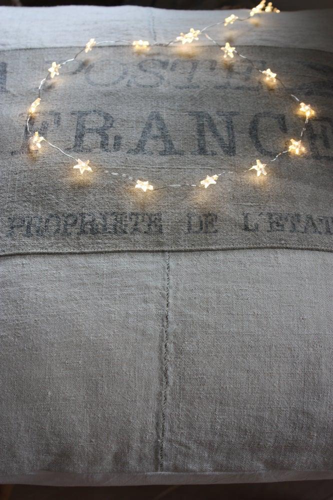 """Image of Coussin chanvre, """" La Poste France """".(Réalisable également sur mesure )"""