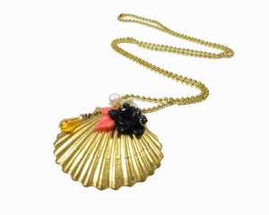 Image of she sells sea shells necklace