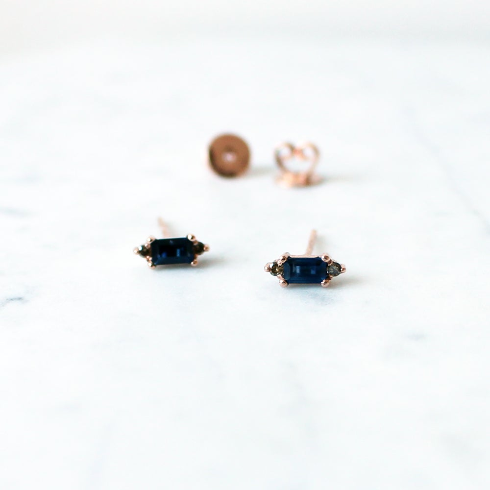 Image of Eleanor Blue Sapphire Earring