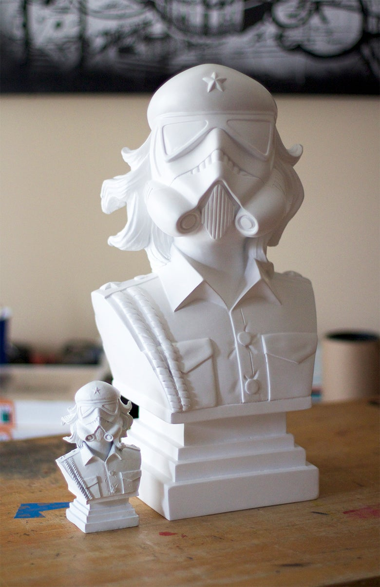 Image of 18-Inch CheTrooper Resin Bust