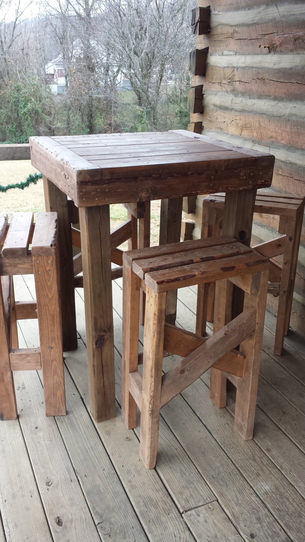 Image of Pub table with stools