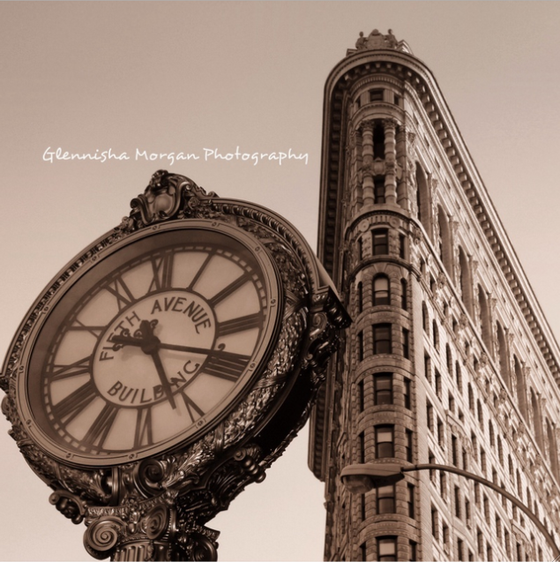 Image of Flat Iron 5th Avenue Clock