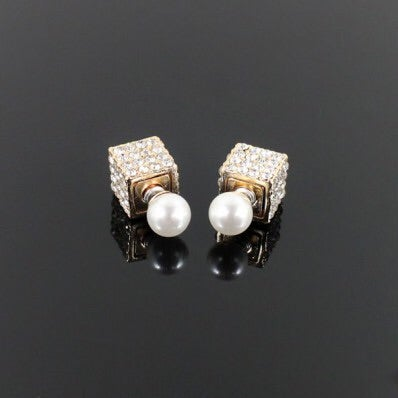 Image of CUBE AND PEARL EARRING SET