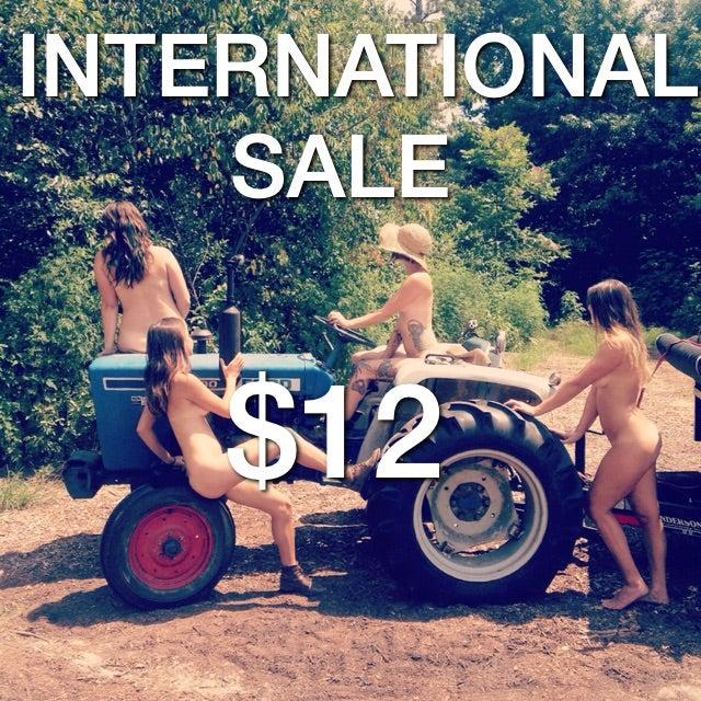 Image of INTERNATIONAL Farmer Tans Calendar - SALE