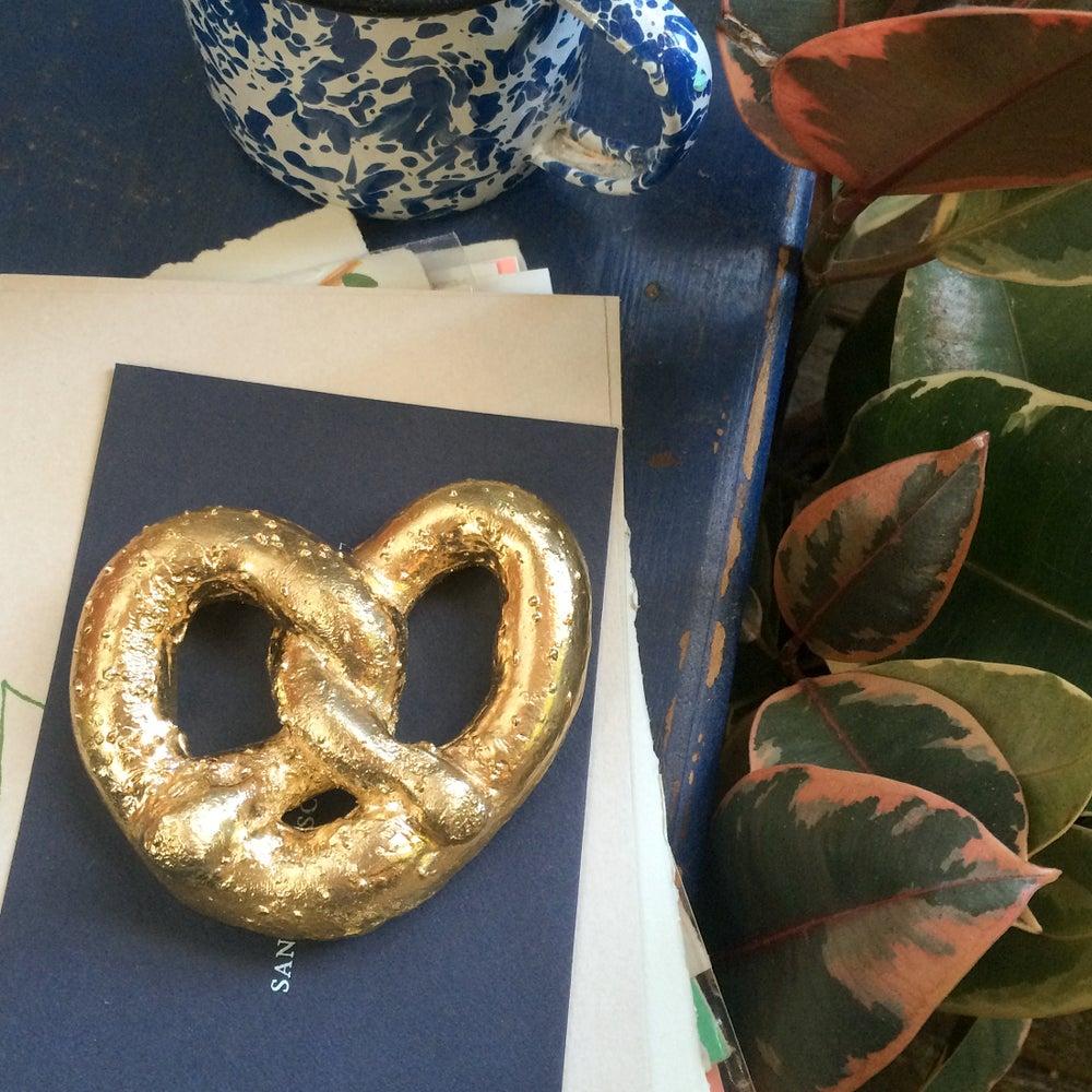 Image of XXL Solid Brass Pretzel Paperweight