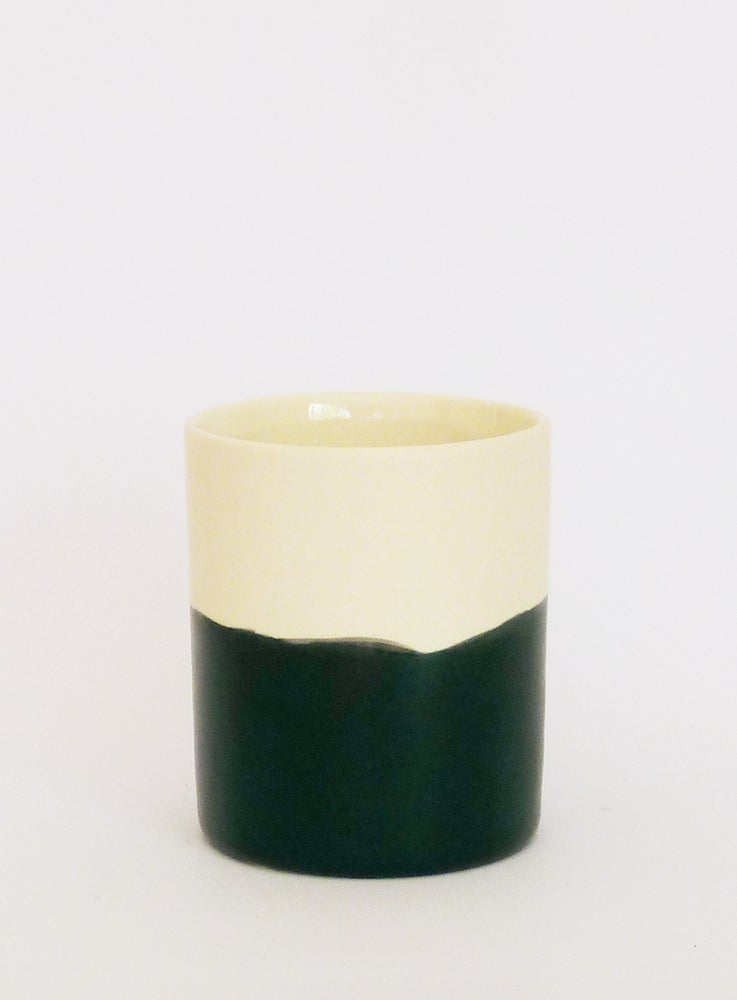 Image of BLACK WASH BEAKER (MEDIUM)