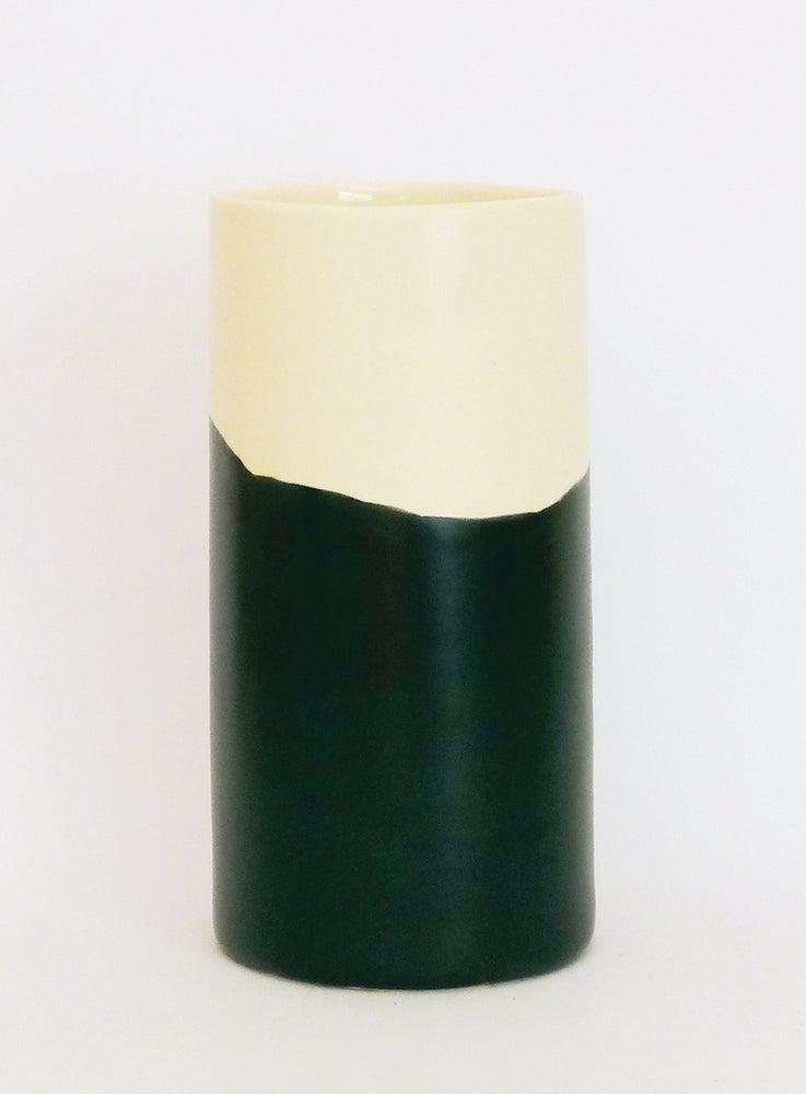 Image of BLACK WASH BEAKER (LARGE)