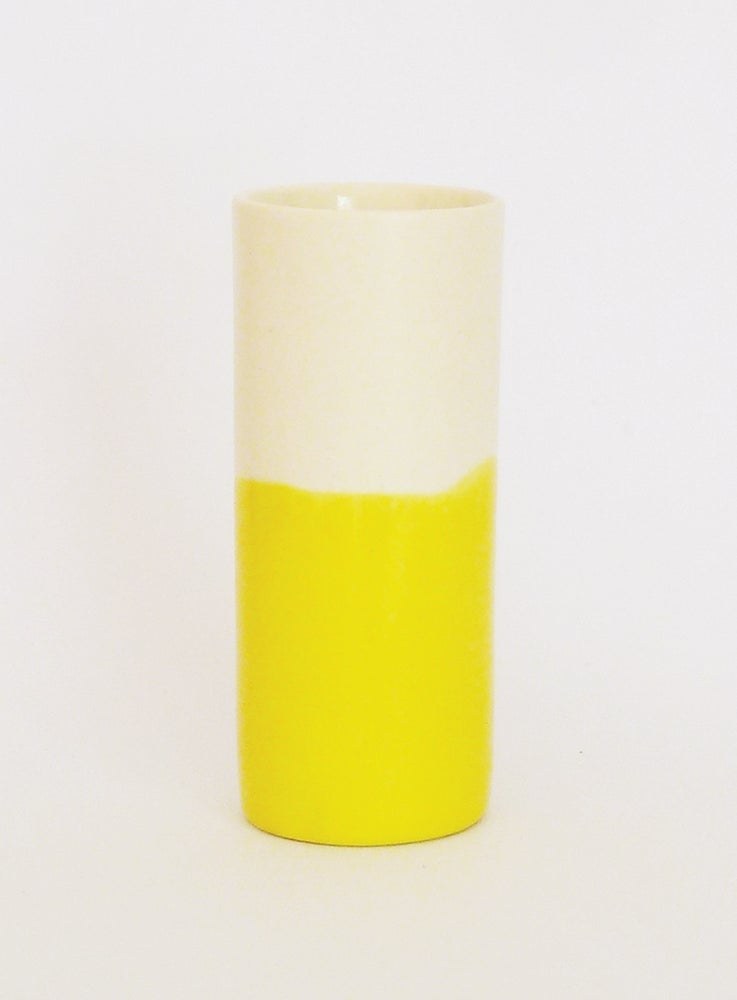 Image of YELLOW WASH BEAKER (SMALL)