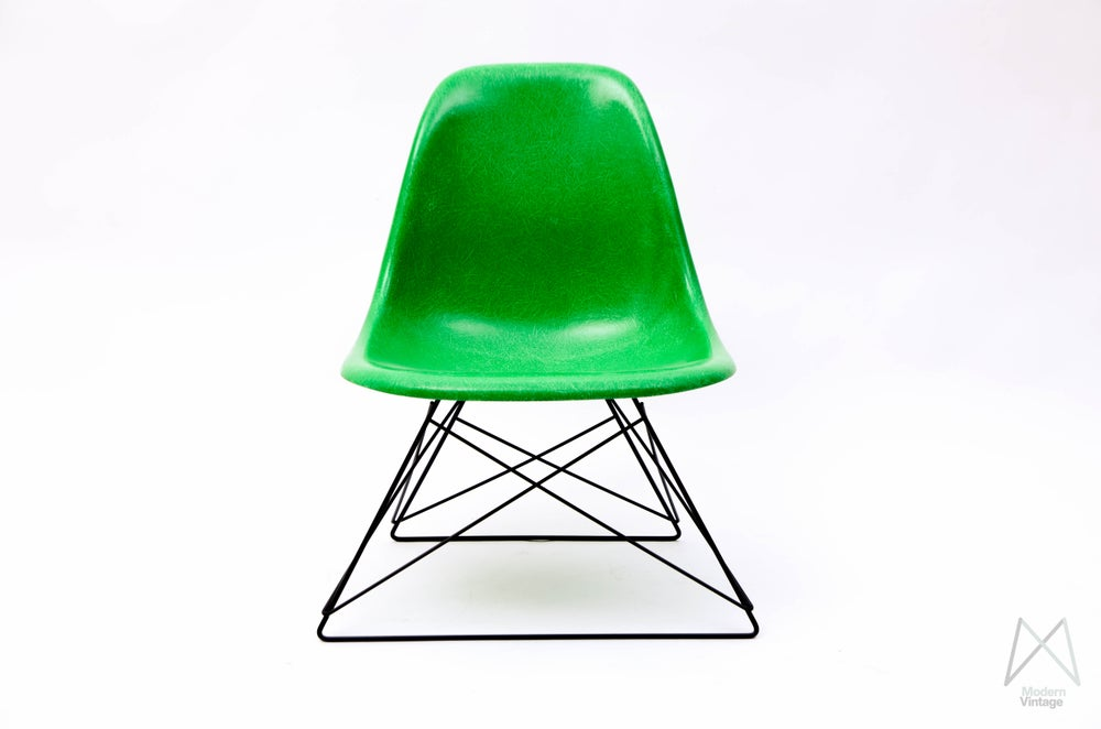 Image of Charles and Ray Eames Fiberglass Side Chair Kelly Green Cats Cradle Base