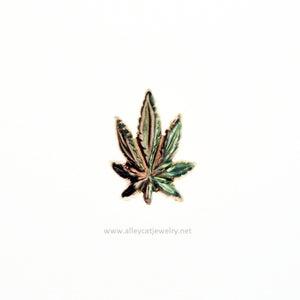 Image of Leaf Pair