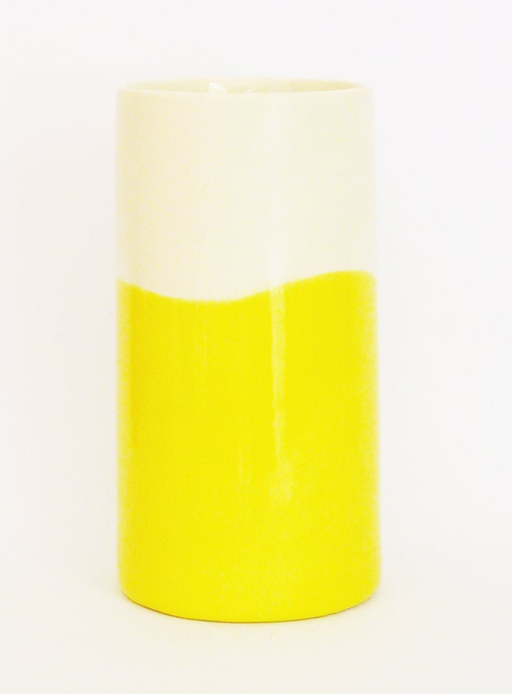Image of YELLOW WASH BEAKER (LARGE)