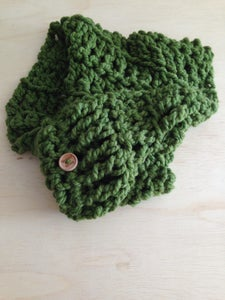 Image of Olive infinty cowl (crocheted)