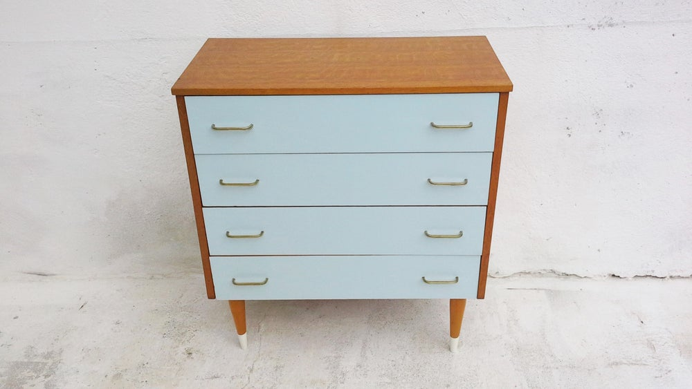 Image of Commode pieds fuseaux vintage