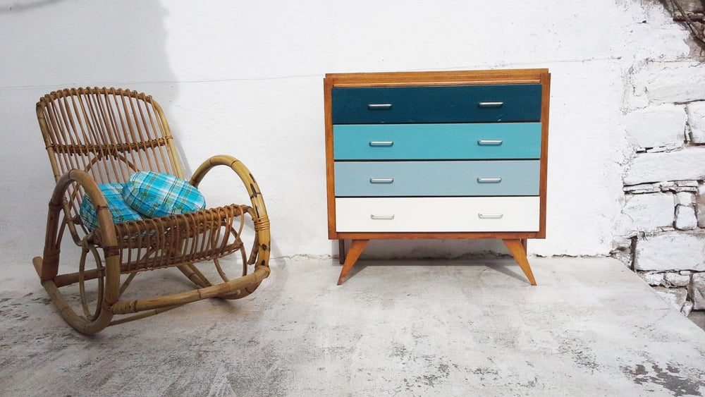 Image of commode vintage - dégradé bleu