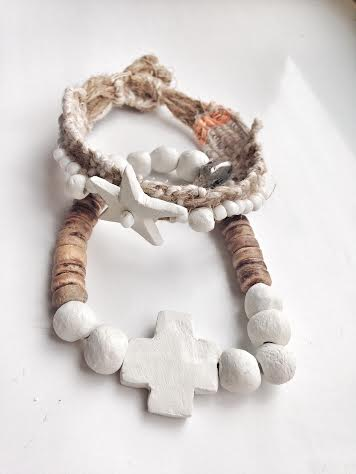 Image of Cross and wood bracelet