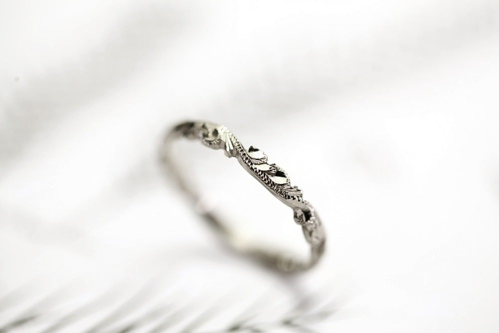Image of palladium 2.5mm floral carved ring