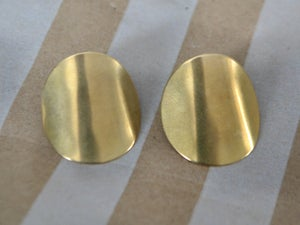 Image of Large Curve Studs
