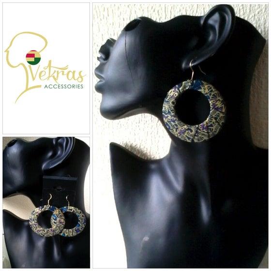 Image of Vekras Dangle Hoop Earrings