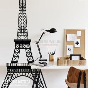 Image of Eiffel Tower Paris Landmark