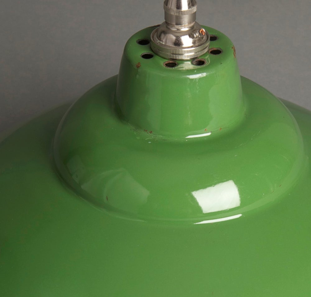 Industrial Pendant Light Green: Green Enamel Industrial Pendant Light / Hütte