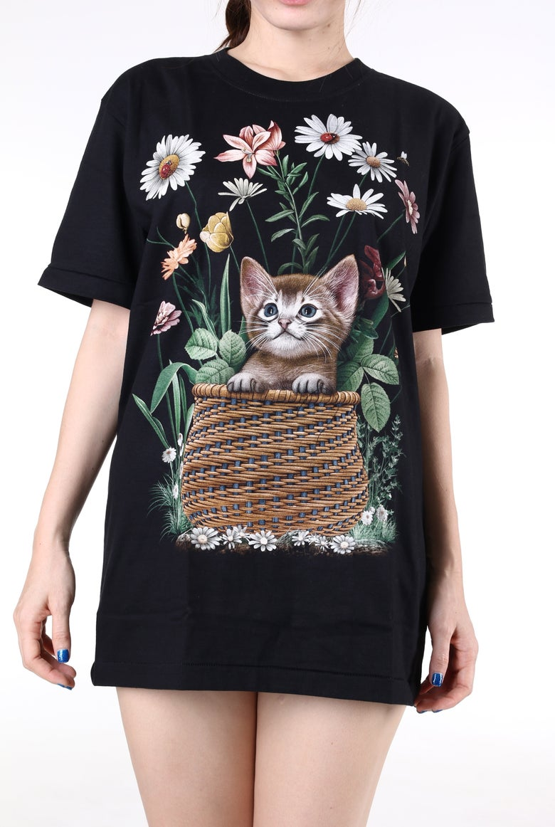Image of Ready To Post - Kitty In A Basket Tee
