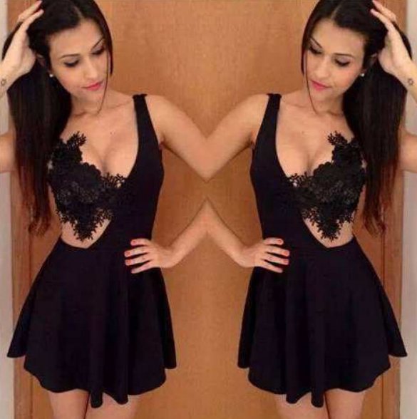 Image of SHOW BODY LACE DRESS