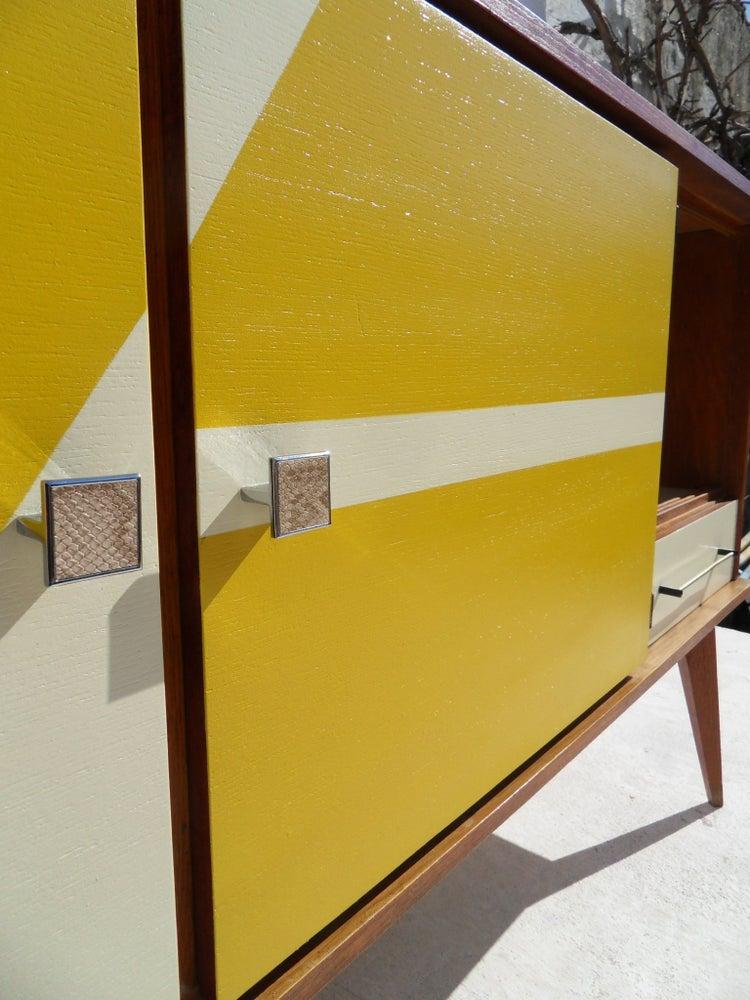 Image of Enfilade vintage moutarde