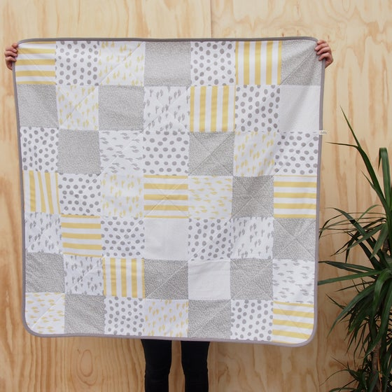 Image of QUILT / Yellow