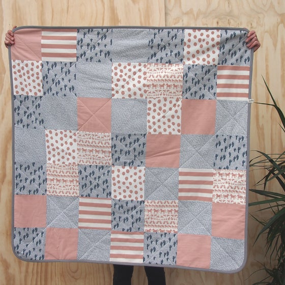 Image of QUILT / Coral