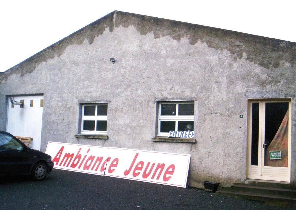 Image of Ambiance Jeune
