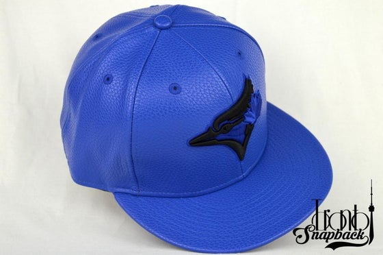 Image of TORONTO BLUE JAYS BLUE & BLACK LEATHER NEW ERA FITTED CAP