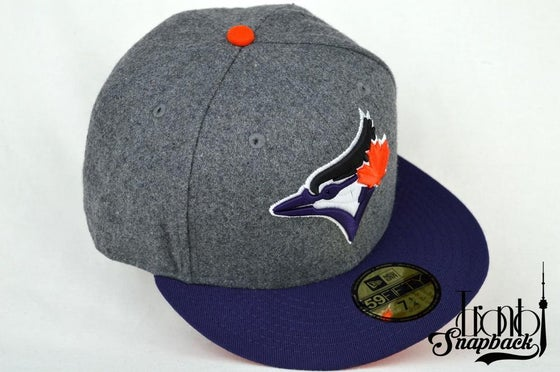 Image of TORONTO BLUE JAYS CUSTOM GREY/PURPLE/WHITE/ORANGE NEW ERA 5950 FITTED CAP