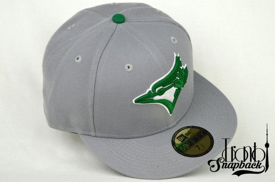 Image of TORONTO BLUEJAYS CUSTOM GRY/GRN NEW ERA 5950 FITTED HAT