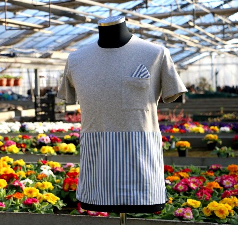 Image of untitleDV _ t-shirt metà/metà _ blu-panna